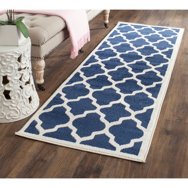 Safavieh Indoor Outdoor Amherst Navy Beige Rug 2 3 X