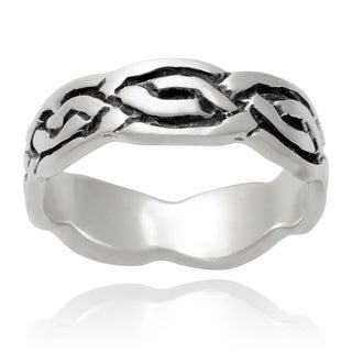 Journee Collection Sterling Silver Celtic Band (6 mm)