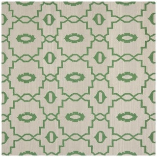 Safavieh Hand-woven Dhurries Ivory/ Green Wool Rug (8' Square)