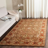 Safavieh Handmade Heritage Timeless Traditional Moss/ Rust Wool Rug - 5' x 8'