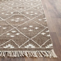 Safavieh Hand-Woven Natural Kilim Brown/ Ivory Wool Rug - 2' X 3'
