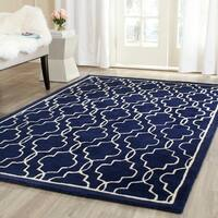 Safavieh Handmade Moroccan Chatham Dark Blue/ Ivory Wool Rug - 4' x 6'