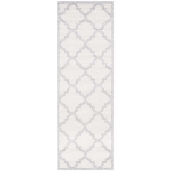 Safavieh Indoor/ Outdoor Amherst Beige/ Light Grey Rug (2'6 x 4') - 2'6 x 4'