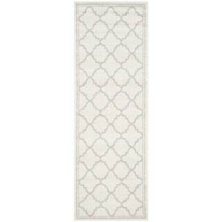 Safavieh Indoor/ Outdoor Amherst Beige/ Light Grey Rug (2'6 x 4')