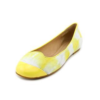Pelle Moda Women's 'Union' Regular Suede Casual Shoes