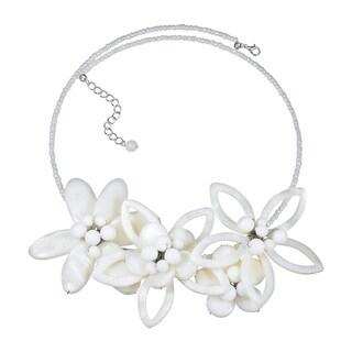 Handmade Modern Petals Mother of Pearl Feminine Flowers Choker (Thailand)