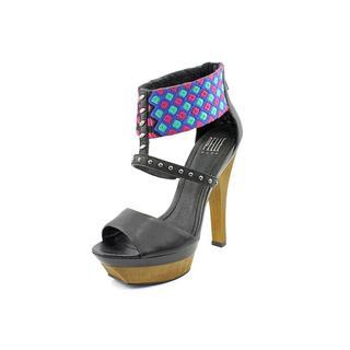 Pelle Moda Women's 'Gali' Synthetic Sandals