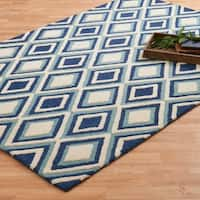 Hand-tufted Blue/ Ivory Diamond Wool Area Rug - 5' x 7'6""