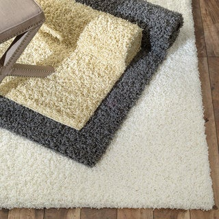 Soft and Plush Shag Rug (5'3 x 8')