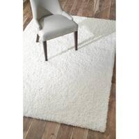 Soft and Plush White Shag Rug - 5'3 x 8'