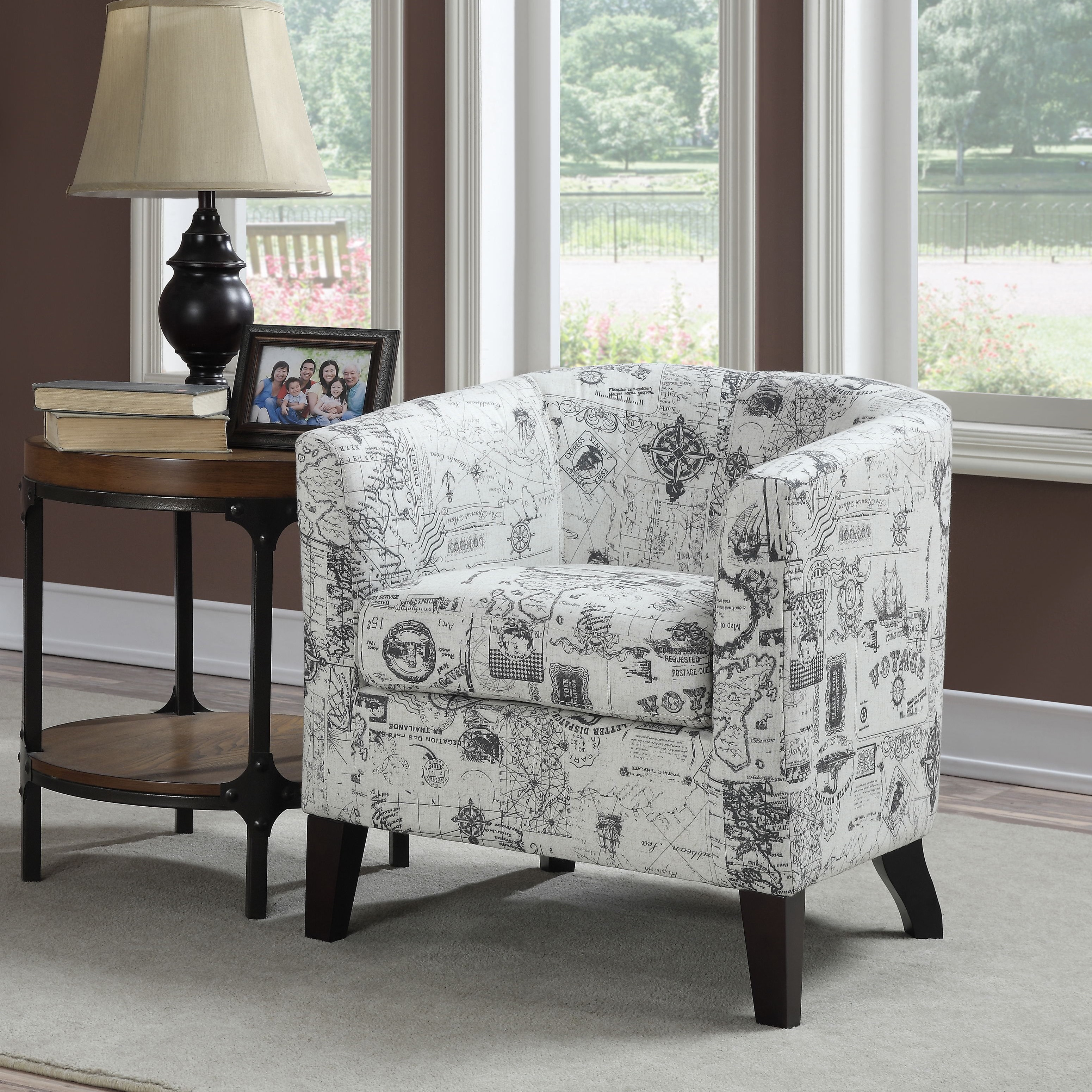 Attrayant Jerry White/Grey Print Accent Chair