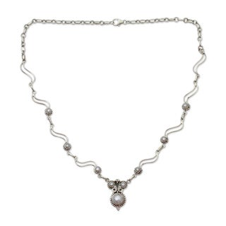 Handmade Sterling Silver 'Angel Love' Pearl Necklace (8 mm) (India)