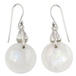 Handmade Rainbow Moonstone 'Moon Of Inner Strength' Dangle Earrings (India)