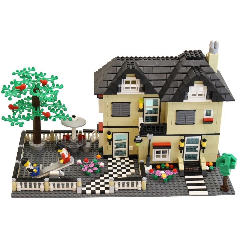 DimpleChild 816-piece MiniBricks Toy Villa Family House S...