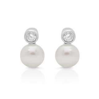 Sterling Silver Cubic Zirconia Petite Cultured Freshwater Pearl Stud Earrings (4-5 mm)