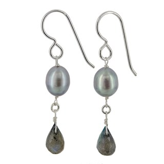 Handmade Ashanti Sterling Silver Platinum Pearl and Labradorite Gemstone Handmade Earrings (Sri Lanka)