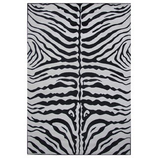 Zebra Skin Black Nylon Area Rug (8' x 11')