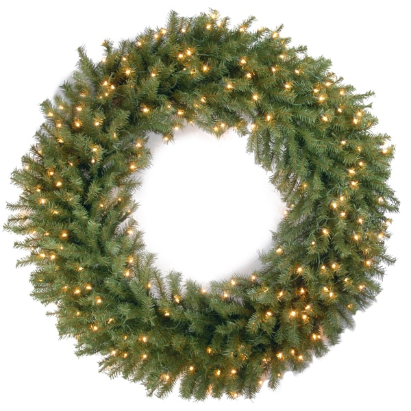 Shop 48-inch Norwood Fir Wreath With 200 Clear Lights