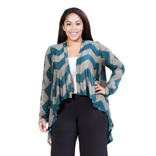 24/7 Comfort Apparel Women's Plus Charcoal and Aqua Chevron Striped Shrug