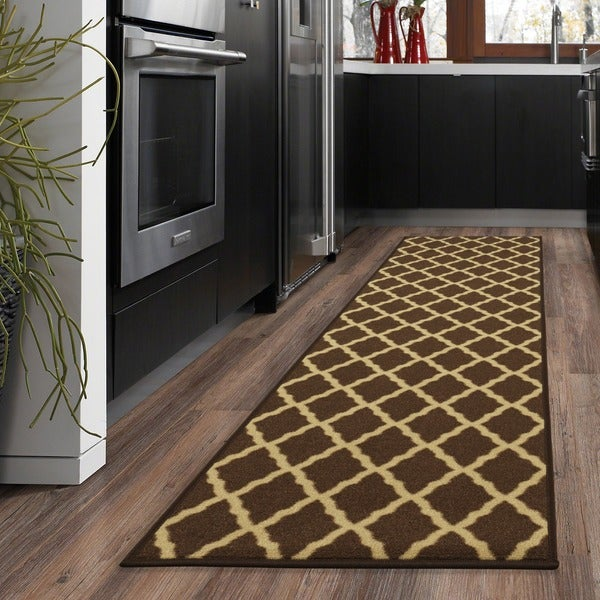 Ottomanson Ottohome Collection Contemporary Trellis Design Brown Runner Rug with Non-slip Rubber Backing Lattice (1'8 x 4'11)