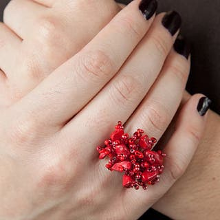 Red Berry Blossom Handmade Ring (Guatemala)|https://ak1.ostkcdn.com/images/products/9607973/P16793500.jpg?impolicy=medium