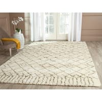 Safavieh Hand-Tufted Casablanca Ivory/ Green New Zealand Wool Rug - 6' x 9'