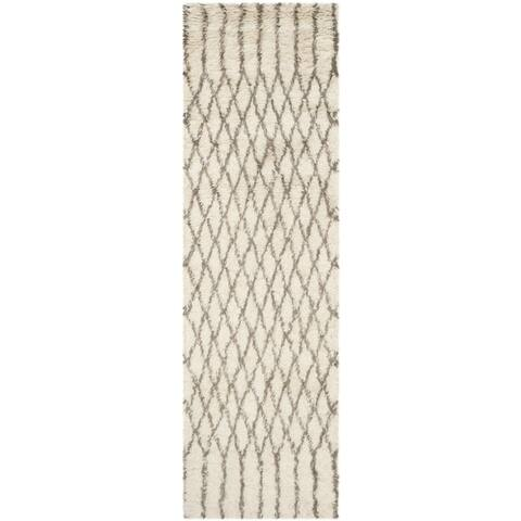 Safavieh Handmade Casablanca Shag Venita Tribal Wool Rug