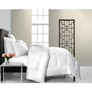 Maison Luxe Ultimate Comfort Soft MicroDown Alternative Comforter (2 options available)