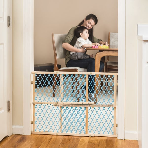 Baby Safety Evenflo Position and Lock Wood Gate Pet Child Infant Door Toddler