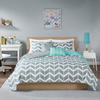 Intelligent Design Ella Coverlet Set