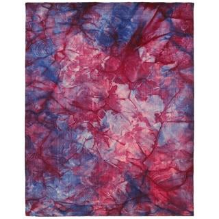 Hand-Loomed Tie-Dye Geometric Wool Rug (8' x 10')