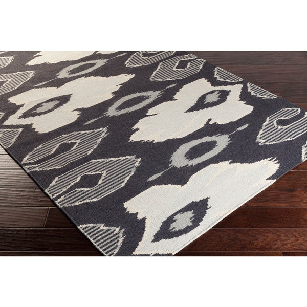 Hand-woven Ampthill Reversible Wool Area Rug - 2' x 3'
