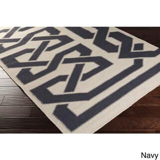 Hand-woven Ilkeston Reversible Wool Rug (2'6 x 8')