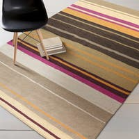 Hand-woven Sheri Reversible Wool Area Rug - 5' x 8'