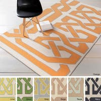 Hand-woven Ilkeston Reversible Wool Area Rug - 5' x 8'
