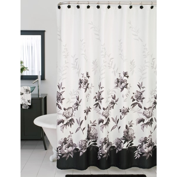 Tips on Using Cloth Shower Curtains | Overstock™