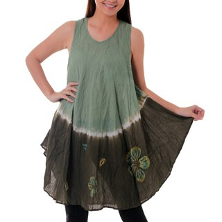 Handmade Cotton 'Green Thai Holiday' Batik Dress (Thailand)