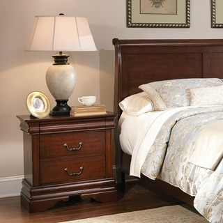 Cherry Louis Philippe 3-drawer Nightstand