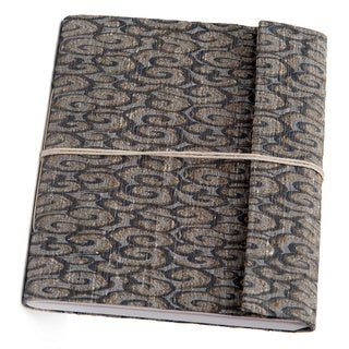 Hand-woven Blue Swirl Damask Weave Silk Notebook (India)