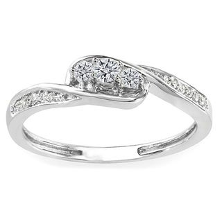 10k White Gold 1/4ct TDW Round Diamond 3-stone Engagement Promise Ring (H-I, I1-I2)