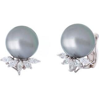 Pre-owned 18k White Gold 4/5ct TDW Giant Pearl Estate Earrings (H-I, VS1-VS2)