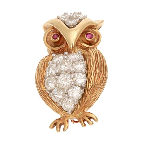 Pre-owned 18k Yellow Gold 2 1/2ct TDW Diamond and Sapphire Owl Estate Pin (G-H, VS1-VS2)
