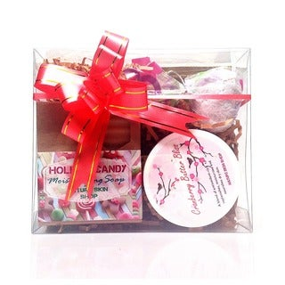 'Holiday Candy Bliss' Spa Gift Set (Includes Artisan Soap, Cranberry Body Butter Bliss and Bubble Bath Truffle)
