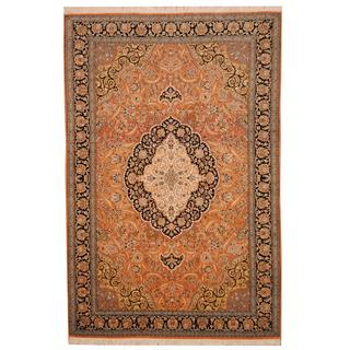 Herat Oriental Indo Hand-knotted Kashmar Salmon/ Black Wool Rug (6' x 9')