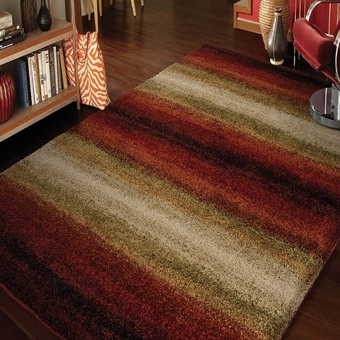 "Carolina Weavers Grand Comfort Collection Tie-in Red Shag Area Rug - 3'11"" x 5'2"""