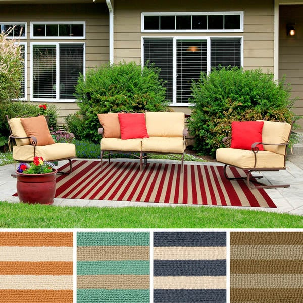 Hand-Hooked Alana Striped Indoor/Outdoor Area Rug - 8' x 10'