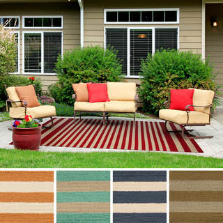Hand-Hooked Alana Striped Indoor/Outdoor Area Rug (3' x 5')