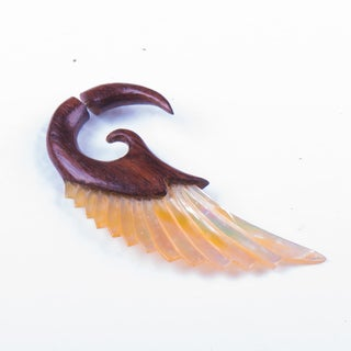 Elegant Wooden and Seashell Earring (Thailand)