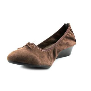 Hush Puppies Women's 'Candid Pump' Regular Suede Casual Shoes