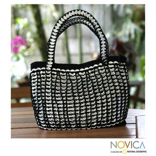 Handmade Soda Pop Top 'Black Shimmery Chic' Medium Handbag (Brazil)